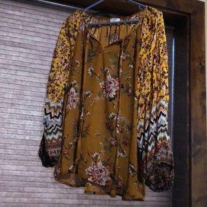 Umgee floral Top | size large | super soft